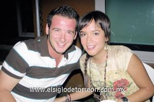 Pedro Sánchez e Isabel Hernández.