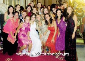 La novia con sus amigas madrileñas