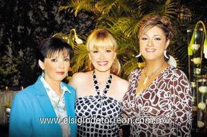 Laura Villarreal de Grageda, Laura Grageda Villarreal y María Eugenia Moreno.