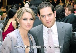 Regina Madero de Fernández y Jorge Fernández.