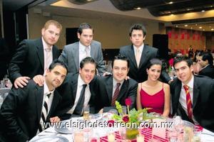 Mario Román, Jorge Fernández, Nico Papadópulos, David Portal, Diego Maisterrena, Jorge Willy, Ana Lucía García y Bernardo Peña.