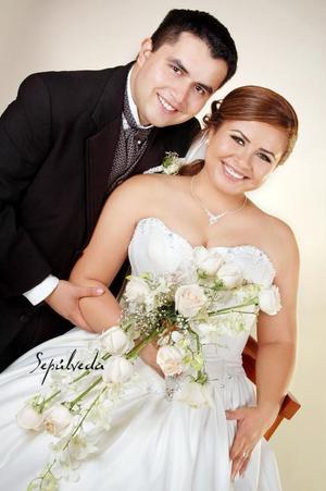 Sr. Juan Pablo García Ibarra y Srita. Michelle Coronado González contrajeron matrimonio el sábado 14 de octubre de 2006.   <p> <i>Estudio: Sepúlveda</i>
