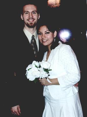 Enlace matrimonial de la Ing. Paola L. Limones Díaz y Lic. Artes Ryan Strickland, en la ciudad de Atlanta, Georgia, realizado hace varios meses.
