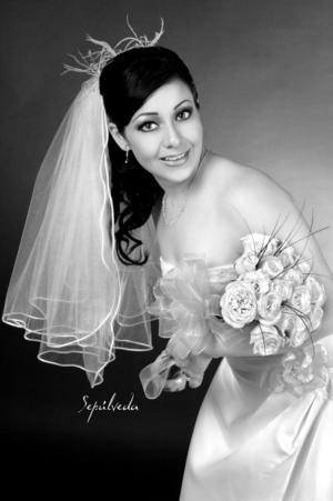L.A.E. Yadira Lisseth Bujama Ramírez, el día de su enlace nupcial con el Lic. Saúl Martín del Campo Méndez.  <p> <i>Estudio: Sepúlveda</i>