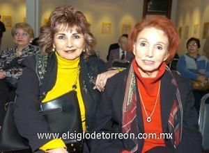 04122006 Evangelina Ochoa y Rosa María Hernández.