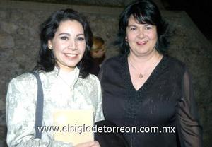 04122006 Marianne Toussaint y Gaby Nava.