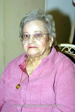 03122006  Festejaron los 91 años de vida, de la señora Altagracia Reynoso Padilla viuda de Martínez.