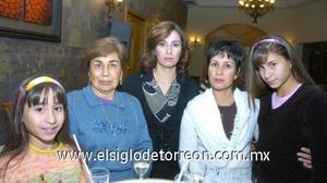 05122006 Margarita Zúñiga, Aracely de Ortega, Elizabeth de Nevárez y Scarlett