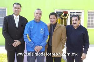 07122006 Alejandro Solís, Jacobo Martínez, Miguel Chong y Simeón Frías, colaboradores de la asociación.