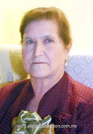 09122006 Leonor Sánchez festejó su cumpleaños número 80.