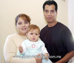 10122006  Esmeralda Arias, David Luévano y Fátima Luévano Arias.