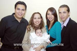 10122006  María Ángela Ávila Canive con sus padres, Héctor Abel Ávila Arias y María Fernanda Canive y sus padrinos Luis Tovar y Mónica Pérez.