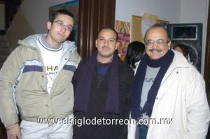 11122006 Alejandro Martínez, Arturo Silva y Víctor Rodríguez.