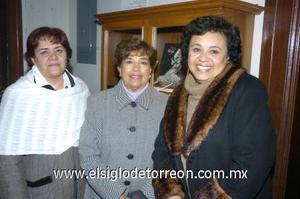 11122006 Martha Román, María Teresa de García y Alejandra de García.