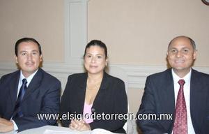 18122006 Jesús Jorge Félix, Juana María de Félix y Gustavo Puentes.