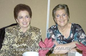 19122006 Carmela de González y Charo de Villarreal.