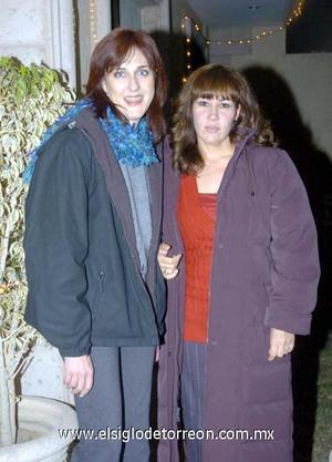17122006 Marcela Andalón y Alma Izaguirre.