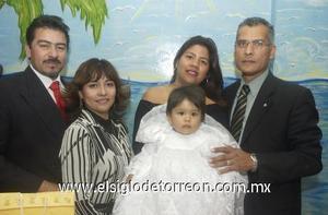 16122006  Kassandra Sánchez Cerda fue festejada al cumplir un año de edad y recibir el bautizo
