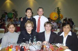 20122006 Alma Alba, Rebeca Hernández, Asunción Gaytán, Mary Ramírez, Maru Hernández y Roberto Albores.