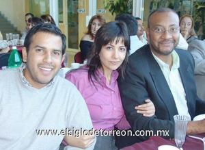 20122006 Rodrigo Espinoza, Zulma Constantino y Kimberly D. Moore.