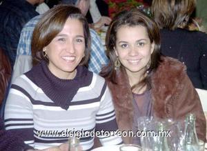 22122006  Delia Méndez y Adriana Morales.