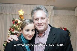 24122006  Alejandro Teele con su hija Daniela Teele Martín.