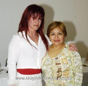 23122006  Elsa Tirado y María Elena Chávez Ortiz