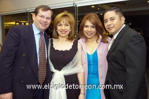 23122006  Pedro Martínez, Vivi Pérez, Karina Lumbreras, Ulises Martínez