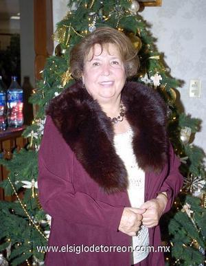 23122006   Señora Banchis de la Garza de González el día en que celebró su cumpleaños número 70