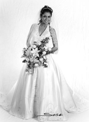 Srita. Lilia Ivonne Morales Castañeda, el día de su boda con el Ing. Héctor Hugo Gallardo Jordán. <p> <i>Estudio: Sosa</i>