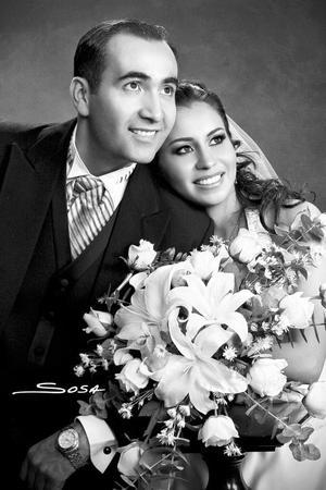 Ing. Héctor Hugo Gallardo Jordan y Srita. Lilia Ivonne Morales Castañeda, unieron sus vidas en el sacramento del matrimonio.  <p> <i>Estudio: Sosa</i>