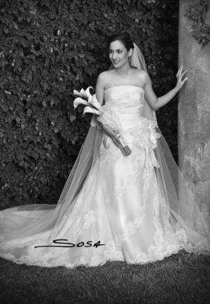 Srita. Patricia Reyes Ramírez  el día de su enlace nupcial con el Sr. Luis Eduardo Olivares Martínez.   <p> <i>Estudio: Sosa</i>