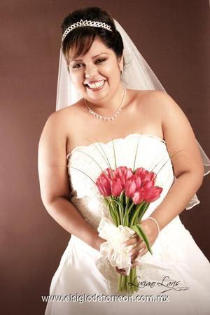 Srita. Brenda Socorro Rentería Juárez el día de su boda con el Sr. Manuel Alejandro Rodríguez Enríquez.