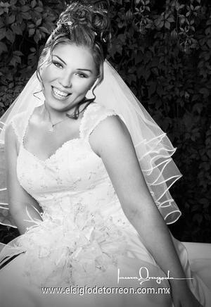 Srita. Alma Rosa García Ordóñez el día de su boda con el Sr. Roberto Quintana. <p><i> Estudio: Laura Grageda</i>