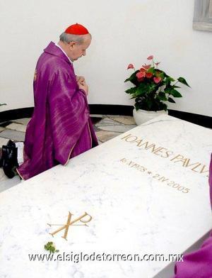 El complicado proceso de santidad del Vaticano requiere que un milagro atribuido al candidato sea confirmado antes de la beatificación. Un segundo milagro es necesario para la canonización.