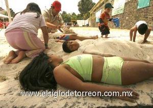 Junto a la playa, se abrirán otros tres arenales en la capital mexicana, que permanecerán abiertos durante el verano, o hasta que la temporada de lluvias lo impida, generalmente a partir de junio.