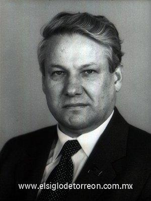 Boris Yeltsin fue presidente de Rusia tras el tumultuoso colapso de la Unión Soviética, falleció el 23 de abril de 2007 a los 76 años.