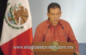 Humberto Moreira Valdés, gobernador de Coahuila, dijo que La Laguna atravesaba por momentos muy difíciles cuando recibió el apoyo del Ejército Mexicano y se desplegaron las fuerzas militares en la región, especialmente en Torreón.