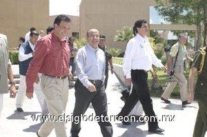 El presidente de México, Felipe Calderón Hinojosa, durante su visita a Torreón anunció la puesta en marcha del programa Esta es tu Casa, por medio del cual, las personas con ingresos inferiores a los cuatro salarios mínimos serán apoyadas con créditos para adquirir viviendas de 180 mil pesos, además de que se les otorgará el anticipo para comprar la casa.