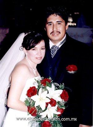 Ing. Bernardo Antonio García Macías y Lic. Ana Isabel Hernández Castro unieron sus vidas en matrimonio en el altar de la parroquia del Sagrado Corazón de Jesús, el viernes 20 de julio de 2007.