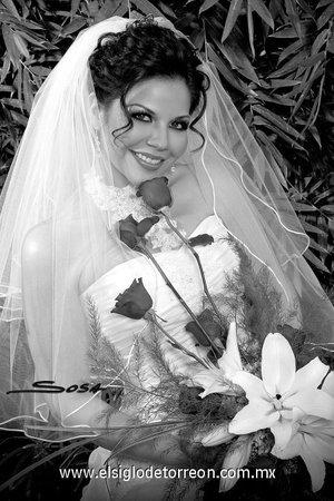Srita. Ana Laura Farhat Muñoz, el día de su enlace matrimonial con el Sr. Manuel Alejandro Franco Padilla. <p> <i>Studio Sosa.</i>