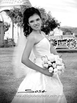 Srita. Ana Laura Cabral de Ávila, el día de su boda con el Lic. Humberto Javier García Leija. <p> <i>Studio Sosa.</i>