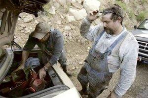 Los mineros cuentan con suficiente agua, comida y tanques de oxígeno para varios días, las autoridades insistieron en que el tiempo apremia y la prioridad es encontrarlos vivos o muertos.