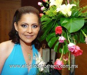 03082007 Adriana Palacios López fue despedida de su soltería con un convivio, organizado por Ma. de los Ángeles López.