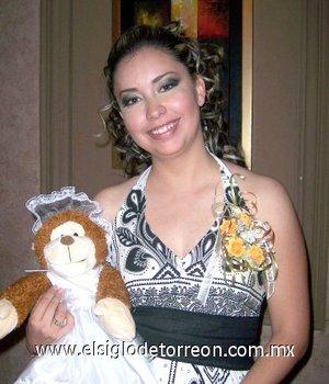 14082007 Alejandra Quezada y Herrera en una de sus despedidas de soltera por su cercano enlace nupcial.