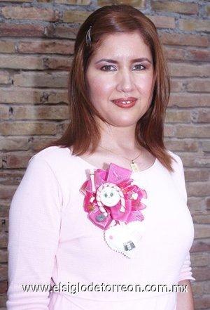 12082007 Alicia Bañuelos Torres, en su fiesta pre nupcial.