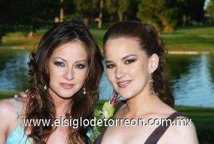 12082007 Bárbara junto a su hermana Toty Willy.