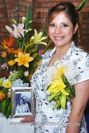 12082007 Claudia Aurora García Reynoso, en su fiesta de despedida.