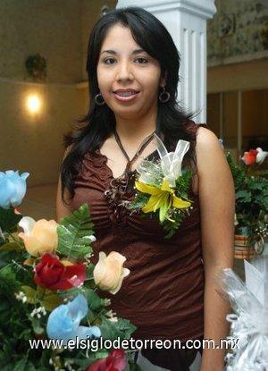 12082007 Claudia Lorena Candelas Cardona, en la fiesta de despedida que le ofrecieron por sucercana boda con David  Martínez.