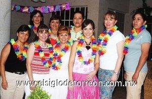 12082007 Lore acompañada de Bego, Blanca, Mayela, Margarita, Lalis, Lorena, Gloria e Irma.